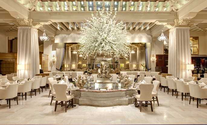 The Drake, A Hilton Hotel, Chicago, USA – Palm Court