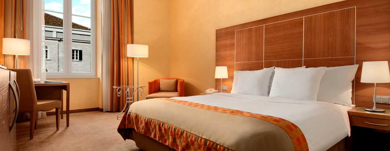 Hilton Imperial Dubrovnik Hotel, Kroatien – Hilton Zimmer mit King-Size-Bett