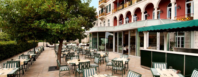 "Hilton Imperial Dubrovnik Hotel, Kroatien – Terrasse des Restaurants ""Porat"""