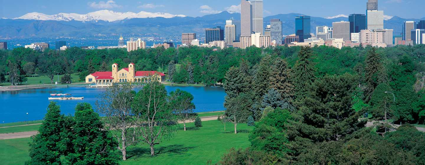Hilton Denver City Center Hotel, CO, USA – Ausblick auf den Denver Park und die Skyline