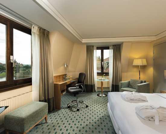 Hilton Dresden hotel, Deutschland - Executive Room River View