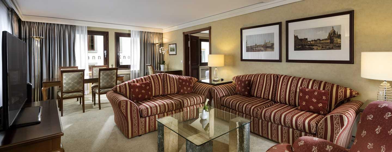 Hilton Dresden Hotel – King Corner Suite Wohnbereich