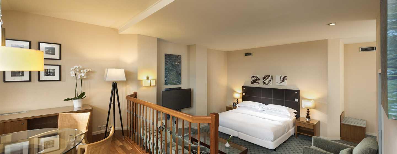 Hilton Dresden Hotel – King Junior Suite Duplex Wohnbereich obere Etage