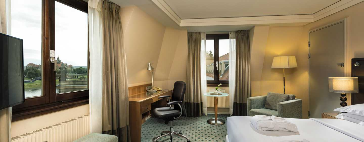 Hilton Dresden Hotel – Queen Hilton Executive Plus Room