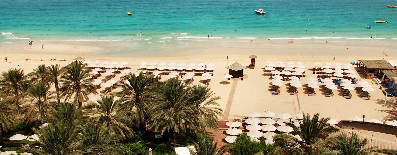 Hilton Dubai The Walk Hotel, VAE – Privatstrand des Hotels