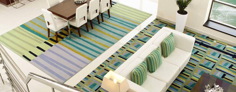 Hilton Dubai The Walk Hotel, VAE– Loft-Apartment mit einemSchlafzimmer