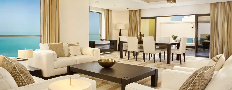 Hilton Dubai The Walk Hotel, VAE– Apartment mit vier Schlafzimmern