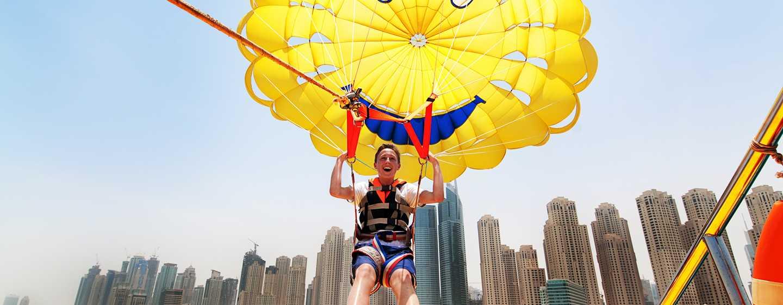 Hilton Dubai The Walk Hotel, VAE – Wassersport