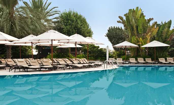 Hilton Dubai The Walk Hotel, VAE – Swimmingpool