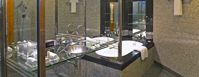 Hilton Dubai Creek Hotel, VAE– Badewanne