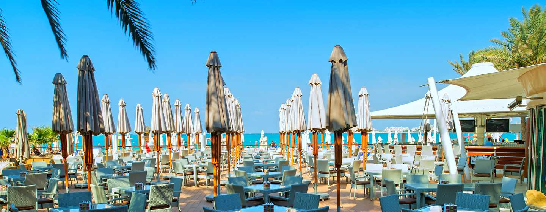 "Hilton Dubai Jumeirah Hotel, Dubai, VAE– Restaurant ""Wavebreaker"""