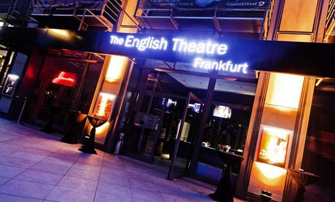 Hilton Frankfurt Airport, Deutschland – English Theatre