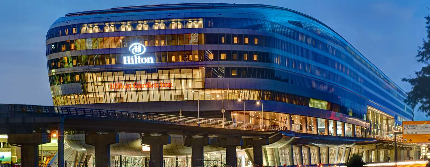 Park, Sleep & Fly im Hilton Frankurt Airport