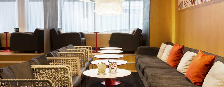 Hilton Helsinki Airport, Finnland– Bar Gui