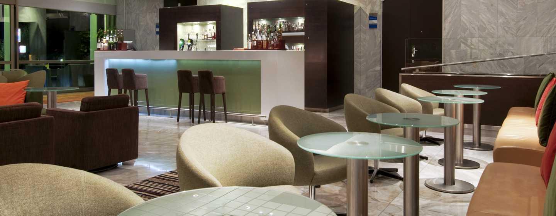 Hilton Helsinki Kalastajatorppa Hotel, Finnland– Bar und Lounge Vista