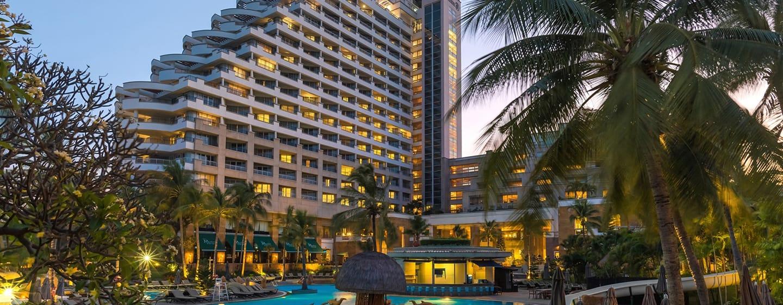 Hilton Hua Hin Resort & Spa, Thailand – Außenbereich des Hotels