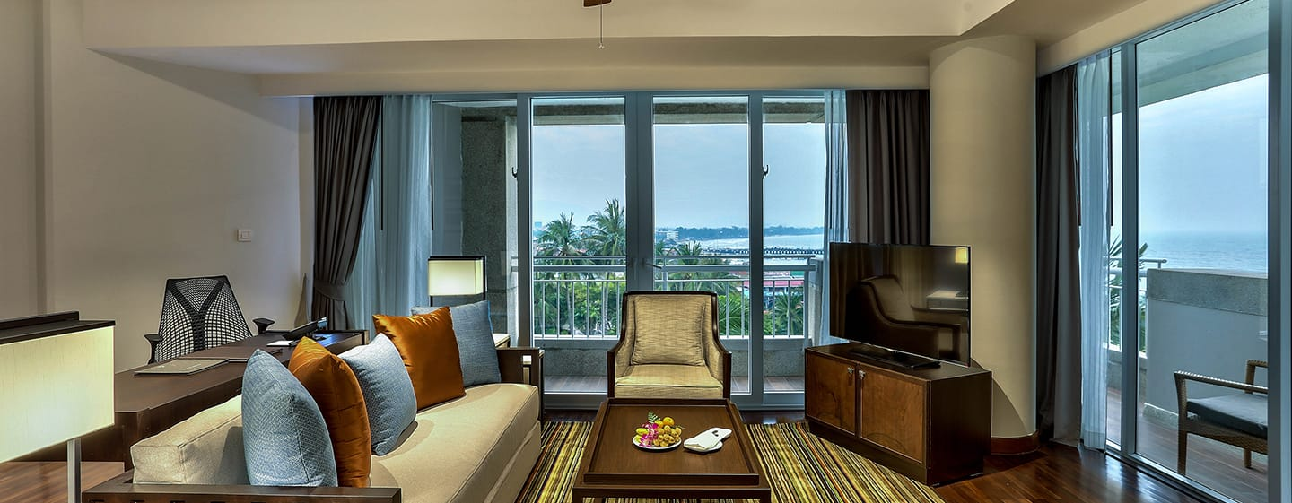 Hilton Hua Hin Resort & Spa Hotel, Thailand – Executive Suite mit Meerblick