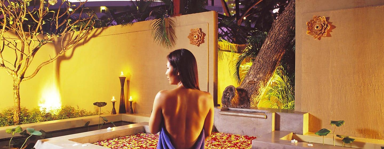 Hilton Phuket Arcadia Resort & Spa Hotel, Thailand–Außenansicht– Behandlungsvilla des eforea spa