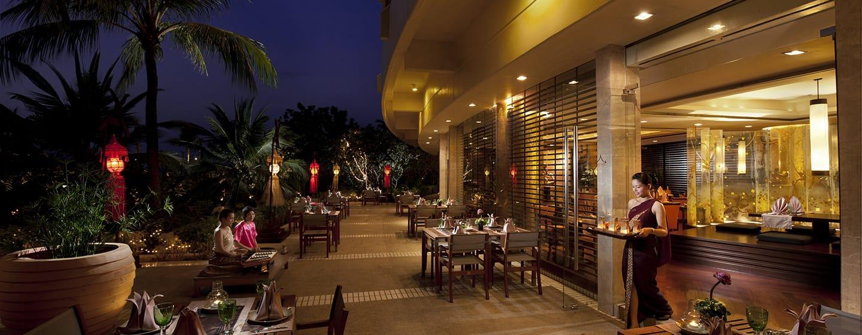 Hilton Phuket Arcadia Resort & Spa Hotel, Thailand– Außenansicht– Restaurant Thai Thai