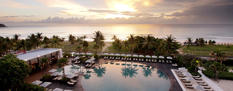 Hilton Phuket Arcadia Resort & Spa Hotel, Thailand– Poolbereich