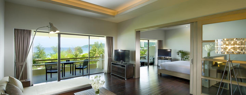 Hilton Phuket Arcadia Resort & Spa Hotel, Thailand– Suite mit Meerblick