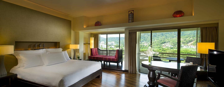 Hilton Phuket Arcadia Resort & Spa Hotel, Thailand– Junior Suite mit Gartenblick