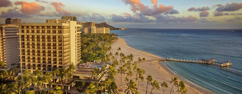 Hilton Hawaiian Village Waikiki Beach Resort Hotel, Honolulu, Hawaii, USA–Ali'i Tower