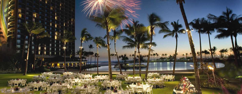 Hilton Hawaiian Village Waikiki Beach Resort Hotel, Honolulu, Hawaii, USA– Great Lawn