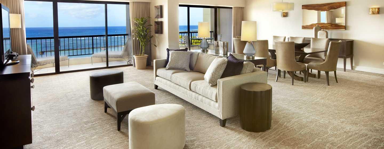 Hilton Hawaiian Village Waikiki Beach Resort Hotel, Hawaii, USA–Wohnbereich der Suite