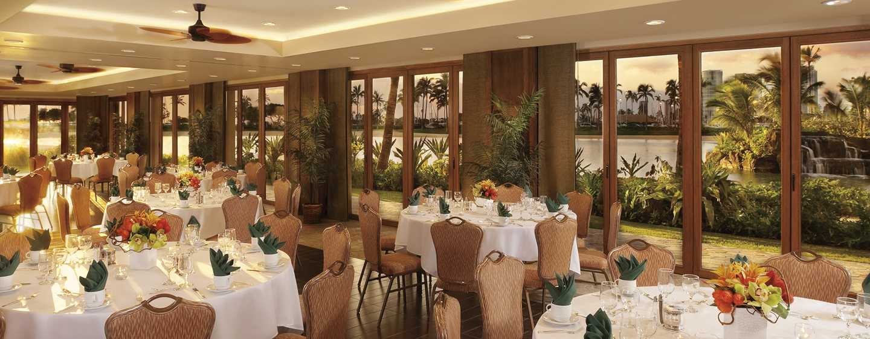 Hilton Hawaiian Village Waikiki Beach Resort Hotel, Honolulu, Hawaii, USA– Rainbow Suite