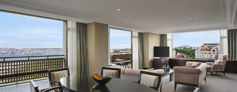 Hilton Istanbul Bosphorus, Türkei– Suite mit atemberaubendem Blick auf den Bosporus