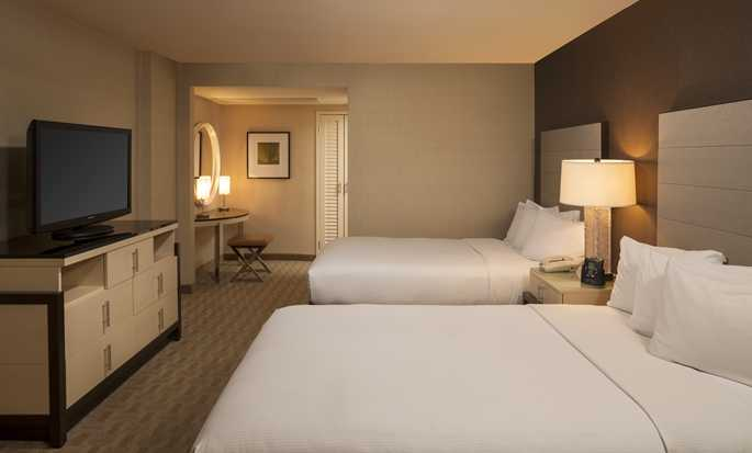 Hilton Los Angeles Airport Hotel, CA - Double Suite