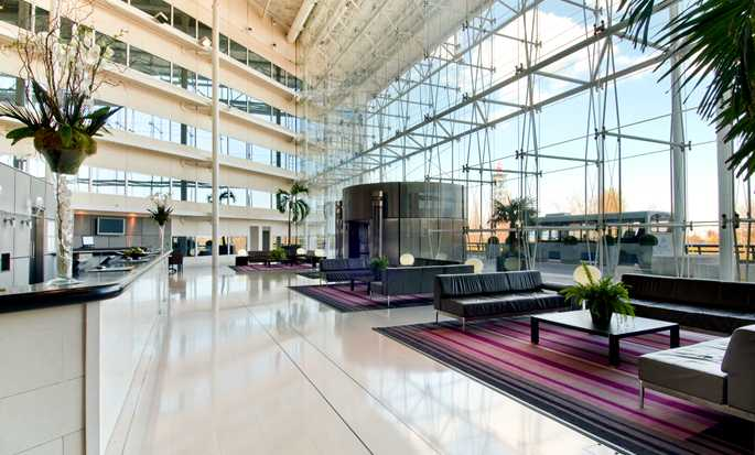 Hilton London Heathrow Airport Hotel, Vereinigtes Königreich – Lobby