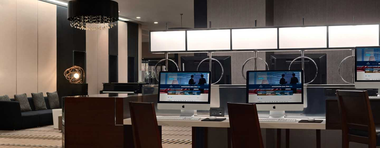 Hilton London Kensington, Großbritannien– Connectivity Station