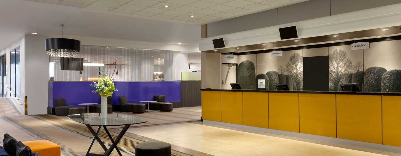 Hilton London Kensington, Großbritannien– Lobby
