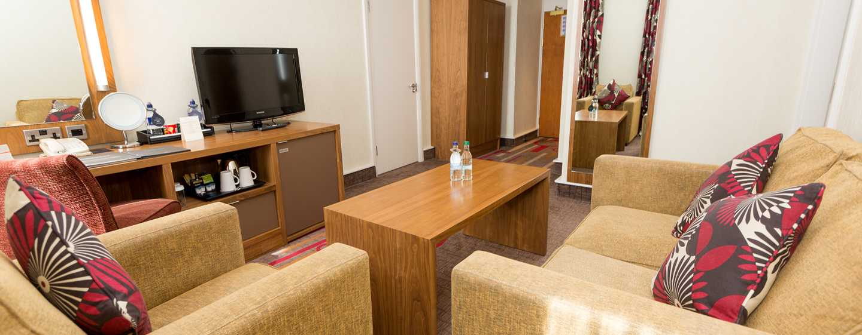 Hilton London Olympia, Großbritannien - Hilton Junior Suite mit Doppelbett