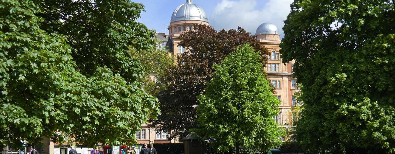 Hilton London Hyde Park, Großbritannien - Blick auf das Hotel vom Hyde Park aus