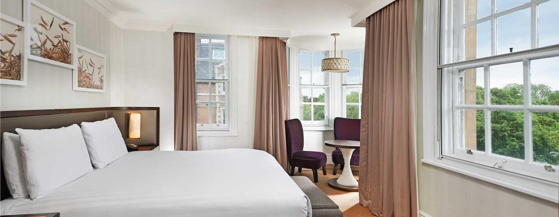 Hilton London Hyde Park, Großbritannien - Deluxe Zimmer mit King-Size-Bett und Aussicht