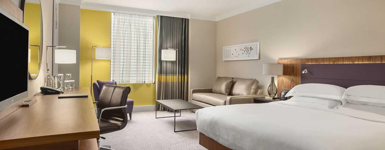 Hilton London Wembley, Großbritannien - Hilton Familienzimmer mit King-Size-Bett
