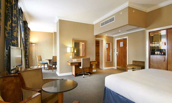 Hilton London Paddington Hotel, Großbritannien – Junior Suite mit King-Size-Bett
