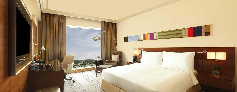 Hilton Chennai Hotel, Indien – Hilton Executive Zimmer mit King-Size-Bett
