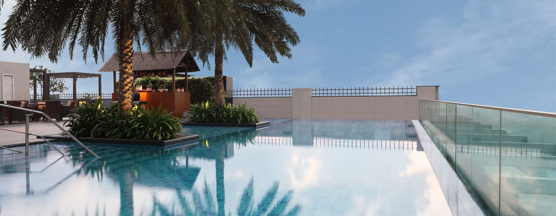 Hilton Chennai Hotel, Indien - Dachterrasse mit Infinity Pool