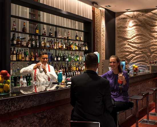 Hilton Madrid Airport Hotel – Bar Ferrum