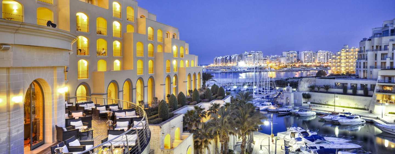 Hilton Malta Hotel, San Ġiljan, Malta – Außenbereich des Hotels
