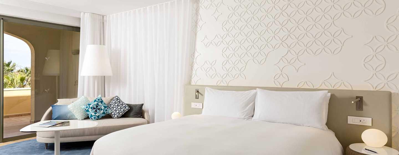 Hilton Malta Hotel, San Ġiljan, Malta – Executive Zimmer mit Gartenblick