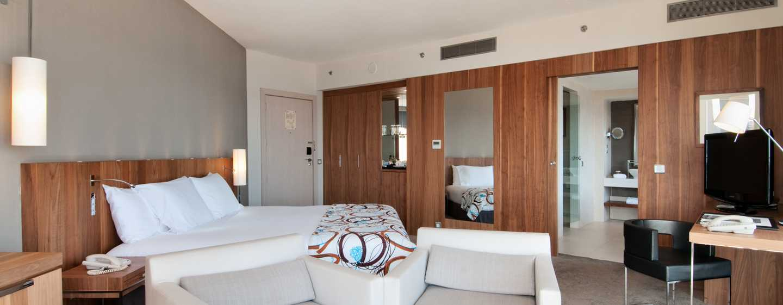 Hilton Malta Hotel, San Ġiljan, Malta – Relaxation Suite