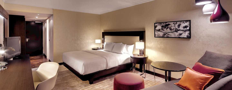 Hilton Munich Park Hotel, Deutschland– Zimmer mit Kingsize-Bett