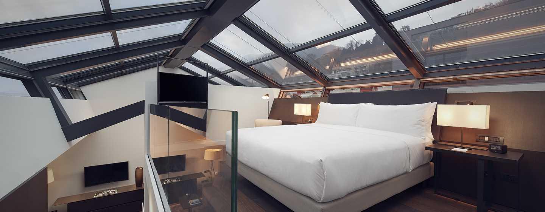 Hilton Lake Como Hotel, Italien– Zweistöckige Suite