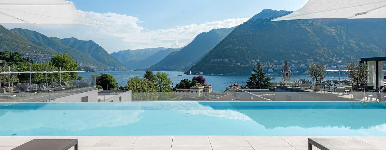 Hilton Lake Como Hotel, Italien– Dachswimmingpool