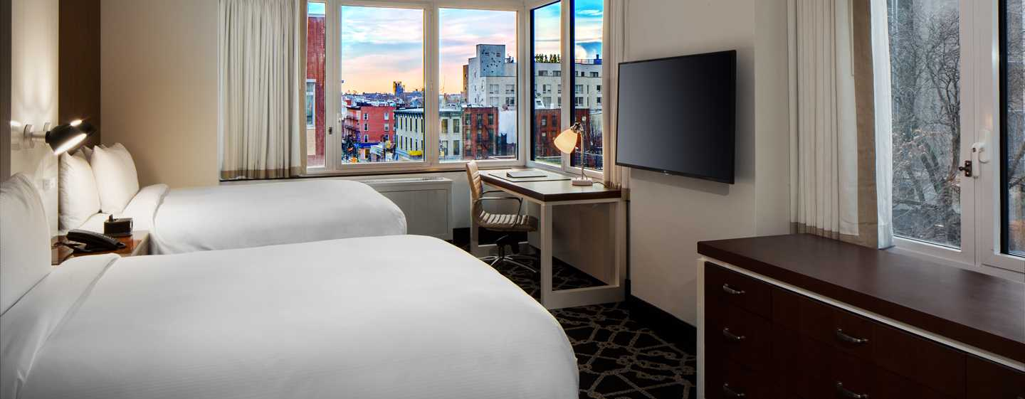 Hilton Brooklyn New York, USA – Deluxe Zimmer mit Queensize-Bett